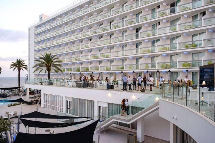 The-Ibiza-Twiins__SGC8551