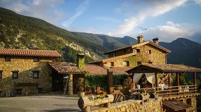 Resultado de imagen de cataluña turismo rural