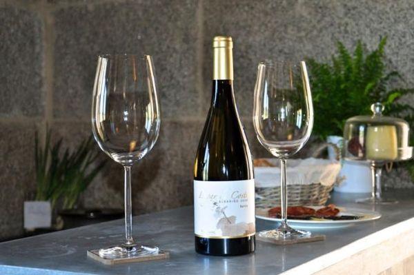 Lagar de Costa - pontevedra - detalle vino