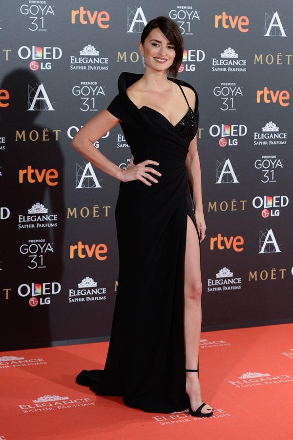 Penelope Cruz wears Chopard to the 31st Annual Cinema Goya Awards