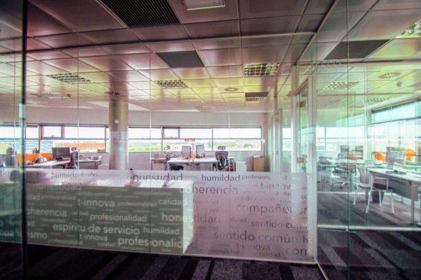 t-innova - oficinas castelldefels - gestion centros deportivos